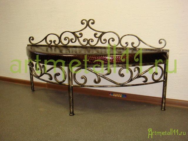 Кованая мебель в Сыктывкаре столы и стулья, кровати, скамейки, консоли, прикроватные столики в кредит